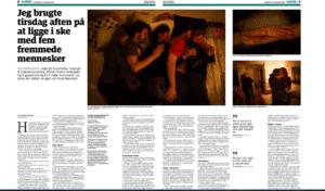 Presseklip: reportage om krammemeditation i Jyllands-Posten.